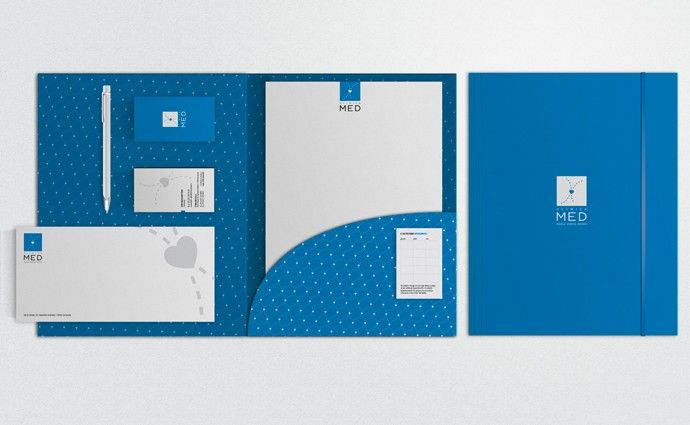 Set stationery composto da business card, envelope, ricettario e cartellina, personalizzato in base al concept del brand. #corporateidentity #branding #setstationery #GRAFFIOBrand