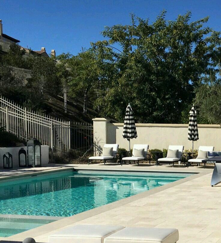 Jenner House Calabasas: 157 Best Kylie Jenner House The Oaks Calabasas Images On