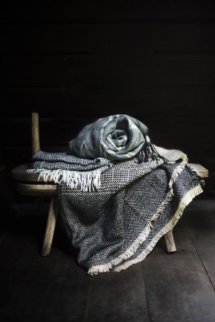 Warm and cosy scarves.  Szaleo.pl | Be new fashioned & accessorized!