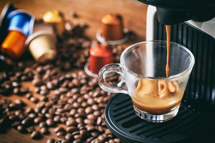 Difficile de résister à l'appel du café au petit-déjeuner ! Pourtant, une étude montre que la vapeur dégagée par nos machines pourrait nous rendre malades.