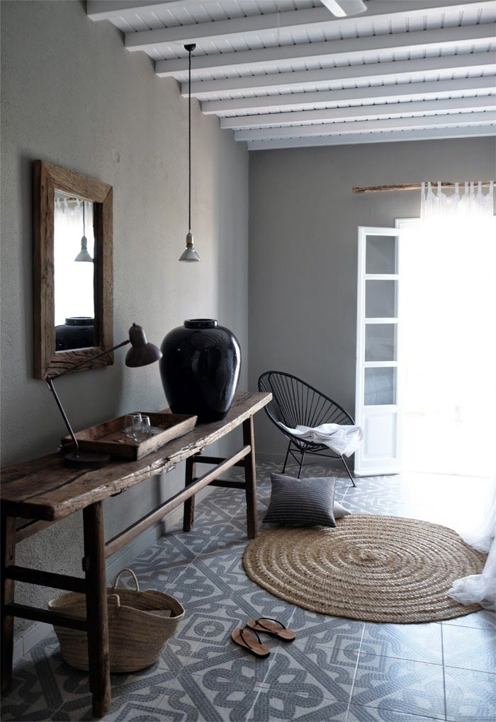 Table, rug and mirror from Bloomingville. Hotel San Giorgio, Mykonos, Greece