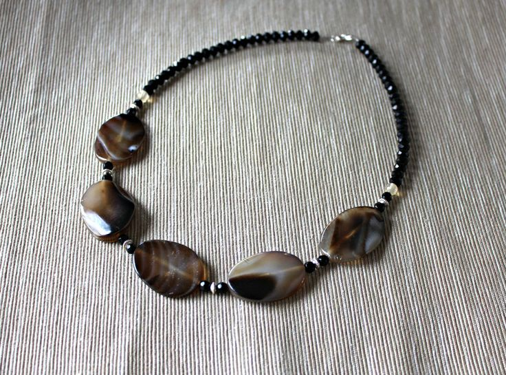 Necklace with brown agate, quartz and crystals from Especially for You Available on http://en.dawanda.com/shop/Especially-4-You  facebook.com/especiallyfryou