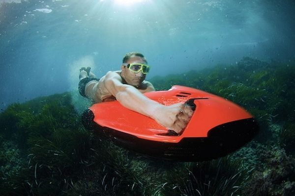 Subversive Mini Cruisers - The Seabob Cayago F7 is a Mini Jet Ski That Works Underwater (GALLERY)
