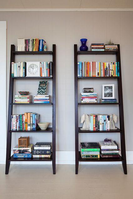 These book shelves are great!: Clean Bookshelves, Offices Inspiration, Books Shelves, Decor Inspiration, Style Bookshelves, Living Rooms Ideas, Lean Bookshelf, Books Cases, Ladder Shelves