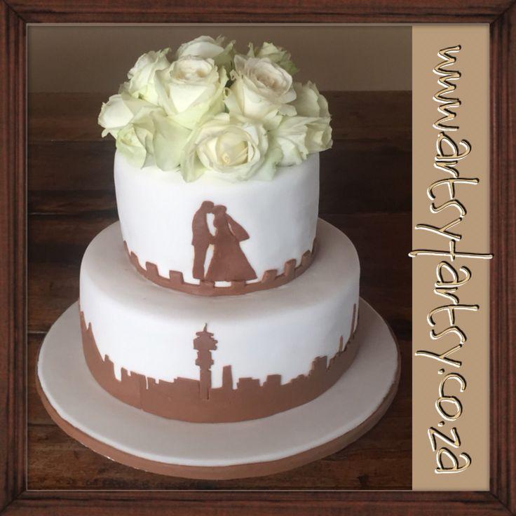 Johannesburg Skyline Silhouette Wedding Cake #johannesburgskylinecake #cityskylinesilhouettecake #citysilhouetteweddingcake