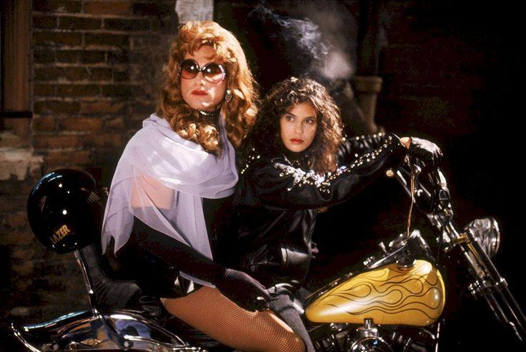 Kurt Russell raided wife Goldie Hawn's wardrobe for Tango & Cash.