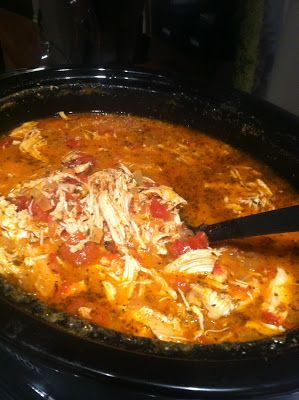 """""""Creamy"""" Crockpot Chicken and Tomato Soup - throw all of the ingredients into…"""