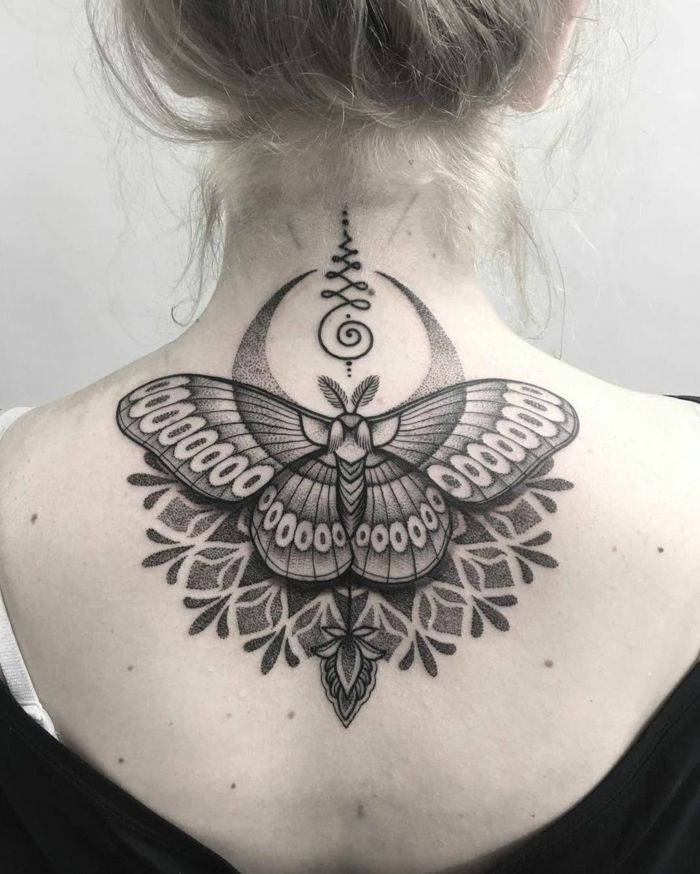Butterfly tattoo – symbolism, meaning and models