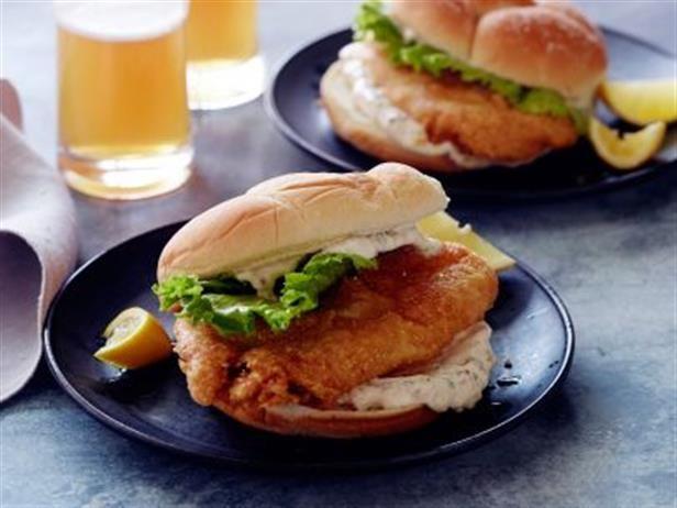 Sándwich de Pescado Frito - Recetas | Food Network