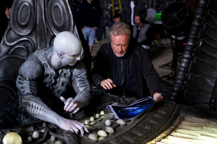 Ridley Scott instructs Ian Whyte
