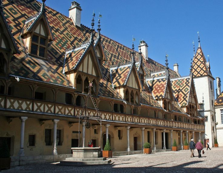 Beaune is a wine-growing centre especially famous for the Hôtel-Dieu, a 15th Century alms-house.