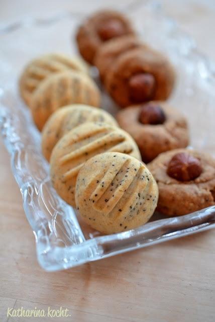 Zitronen-Mohn-Kekse und Haselnussplätzchen ohne Zucker via http://www.katharinakocht.com