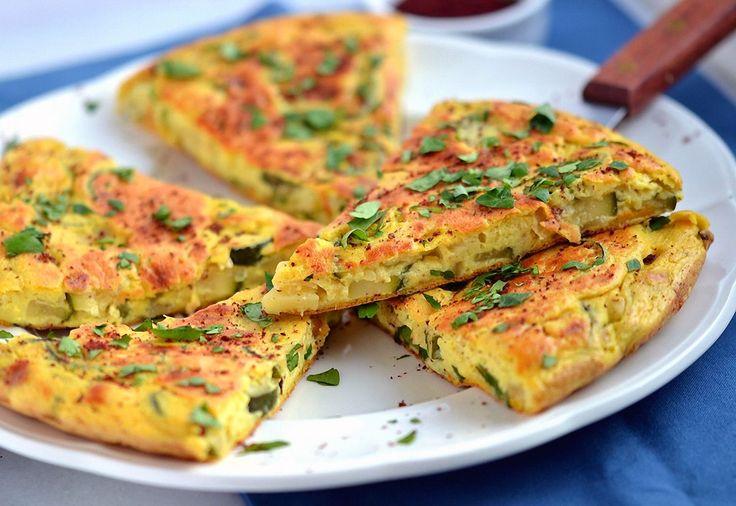 Мы приготовим вегетарианский омлет, не разбив не одного яйца. Вы удивитесь, но по запаху и вкусу — это привычная многим яичница. Только вкус более нежный!