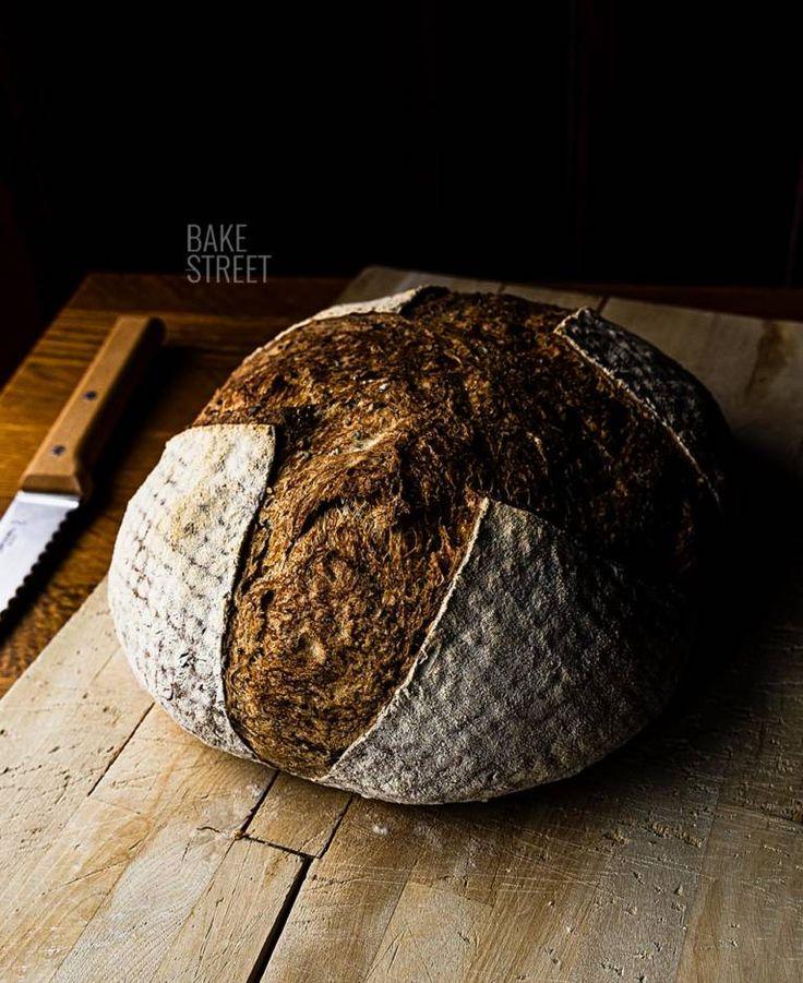 Cómo hacer una hogaza de pan con masa madre - Bake-Street.com Cupcakes, Frugal Meals, Bread Recipes, Delish, Good Food, Homemade, Baking, Meal Ideas, Muffins