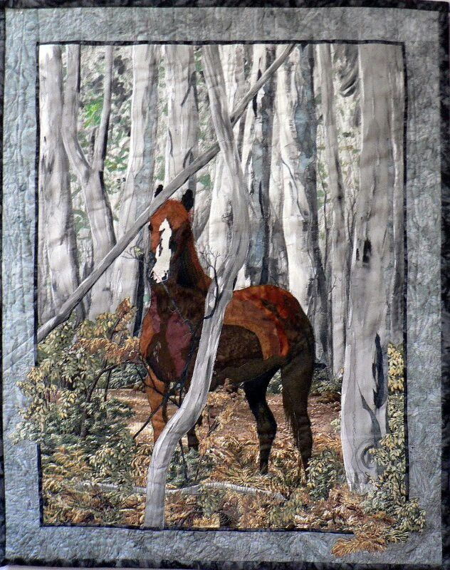 What a beautiful horse quilt!