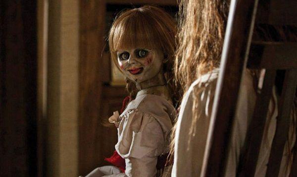 """Mujer tiene episodio psicótico tras ver """"Annabelle"""""""