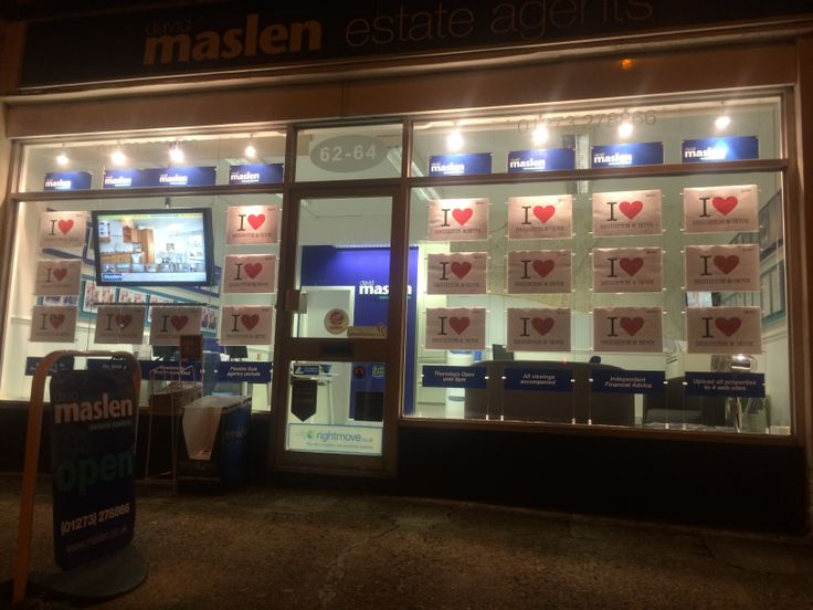 Here's a snap of the Maslen Estate Agents on Warren Road, Woodingdean, from Valentines day 2014! We love Brighton and Hove too!