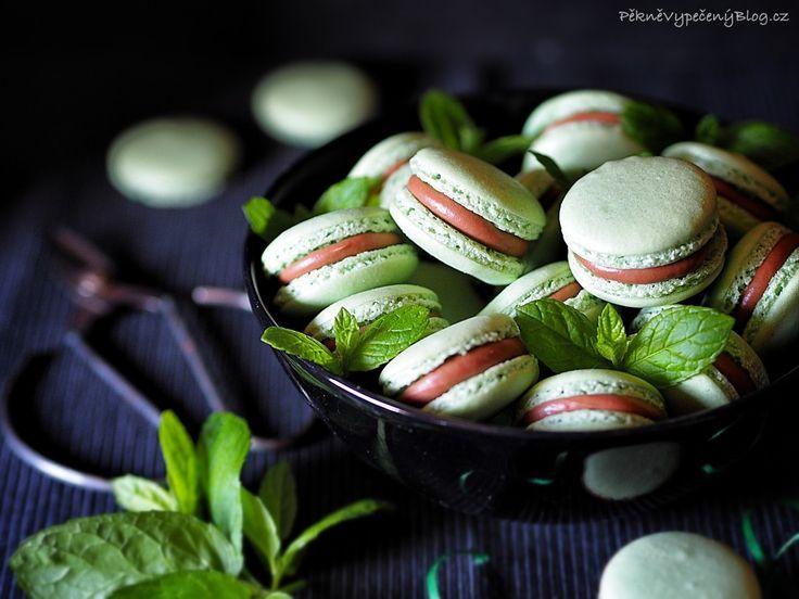 Mátové makronky (mint macarons)