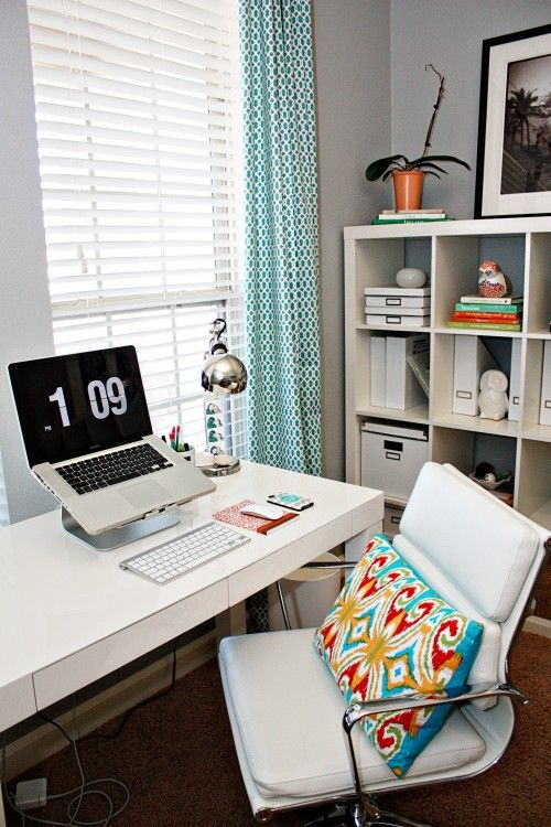 Love This Home Office! Not Too Modern, Not Too Traditional, And A Great