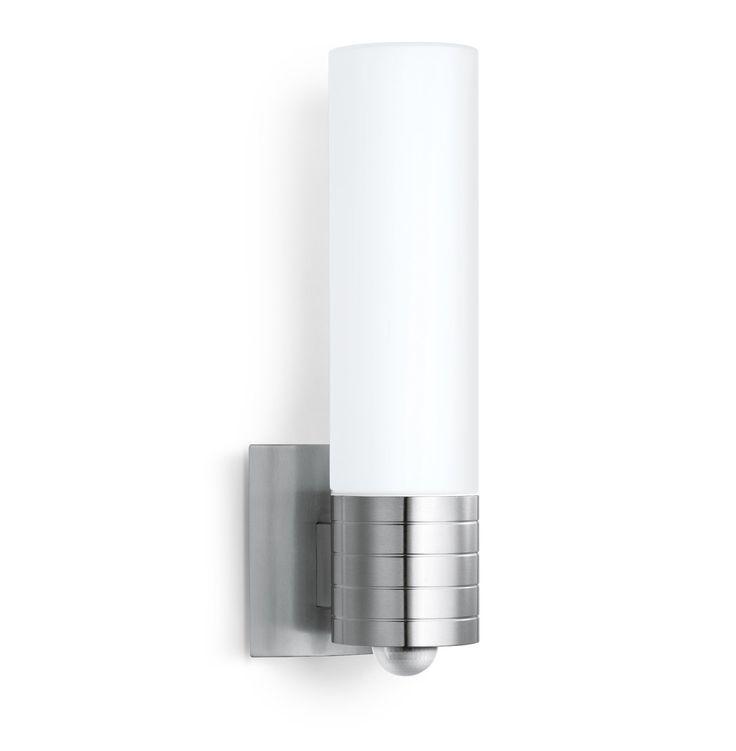 Steinel Außenleuchte L 260 LED mit 8,6 Watt LEDs, Design Sensorleuchte mit 240° Infrarot Bewegungsmelder und bis 12 m Reichweite, Außenbeleuchtung mit 700 Lumen, Edelstahl LED Lampe, 007874