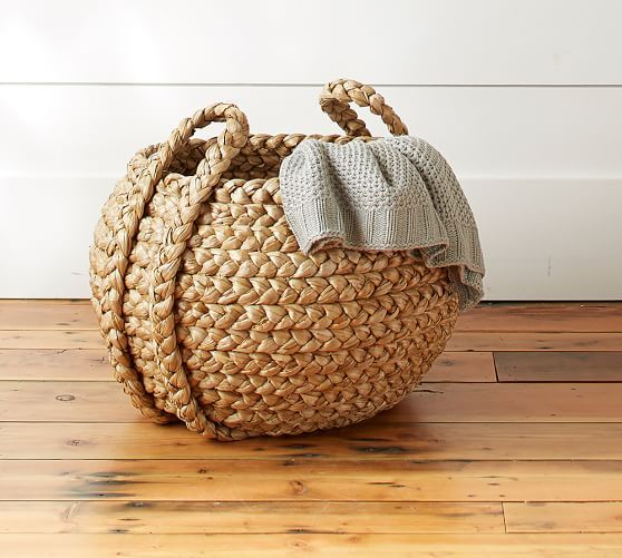17 best images about woven baskets on pinterest one kings lane rattan and - Diametre cercle basket ...