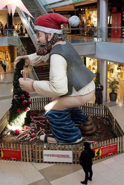 Here's 13 Of the Most Unintentinally Horrifying Statues in the World ⋆ World info Mag