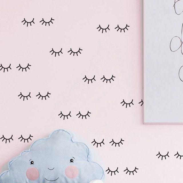 Bonito padrão de cílios decalque Da Parede Vinil removível Adesivos de Parede Para Quarto dos miúdos Adoráveis Olhos Sonolentos Baby Nursery Wall Art Home decoração