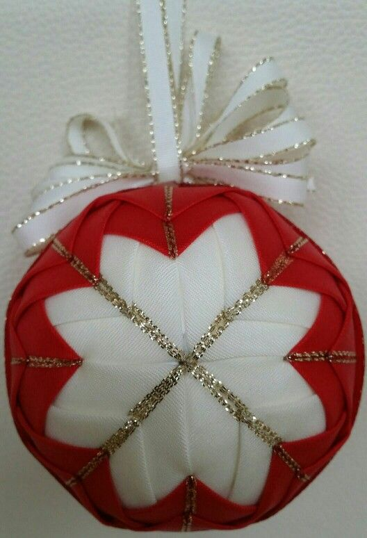 Christmas ball red and white quilted