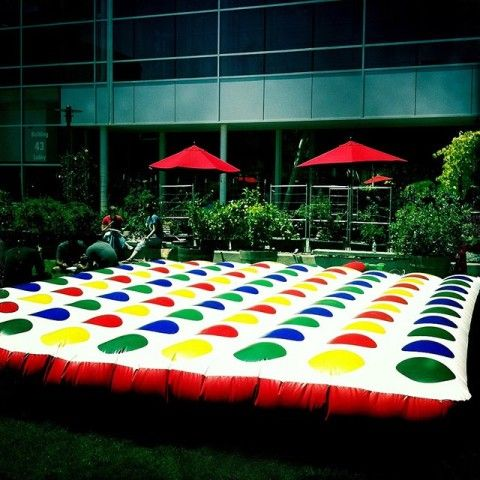 Inflatable Outdoor Twister - How totally fun would this be???