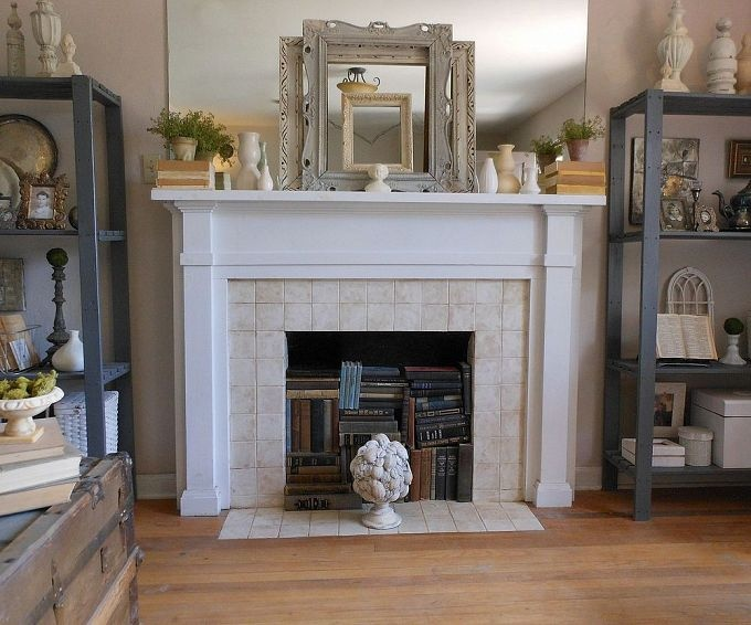 Mixing Modern And Vintage Styles On A Late Spring Mantel