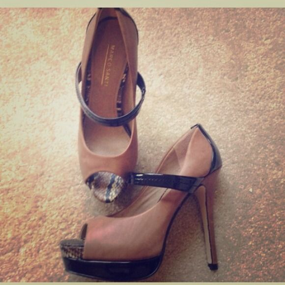 Two toned Comfy Heels! Beige/Black cute and formal heels. Where them to work or to a dinner date. Very comfy. Used gently, a few almost un-noticeable scuffs. Make me an offer.  Marco Santi Shoes Heels