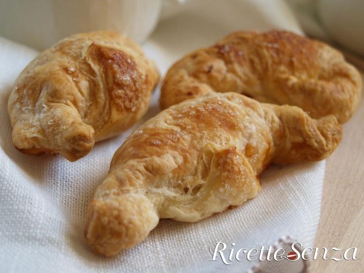 Cornettini speziati alla mela senza glutine, latticini e uova www.ricettesenza.it