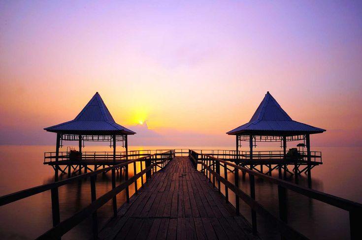 Pantai Ria Kenjeran Liburan Keluarga Murah di Surabaya - Jawa Timur