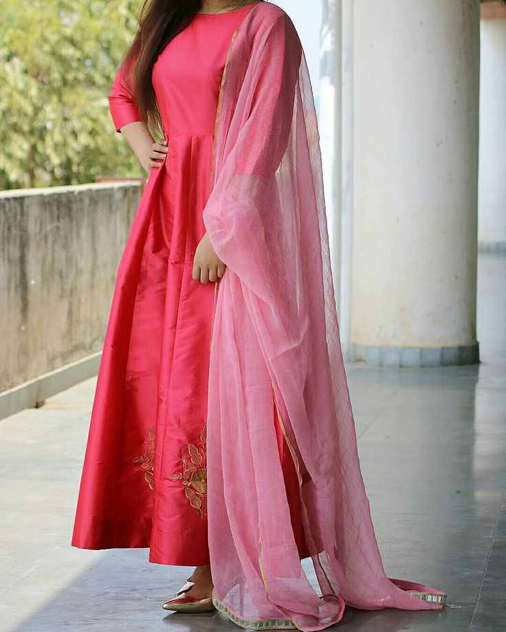 48 best pix images on Pinterest   Indian dresses, Indian gowns and ...