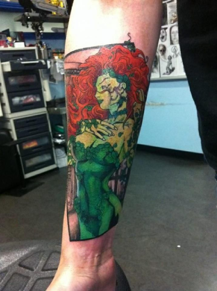 22 best poison ivy arm tattoos images on pinterest arm tattoo arm tattoos and half sleeves. Black Bedroom Furniture Sets. Home Design Ideas