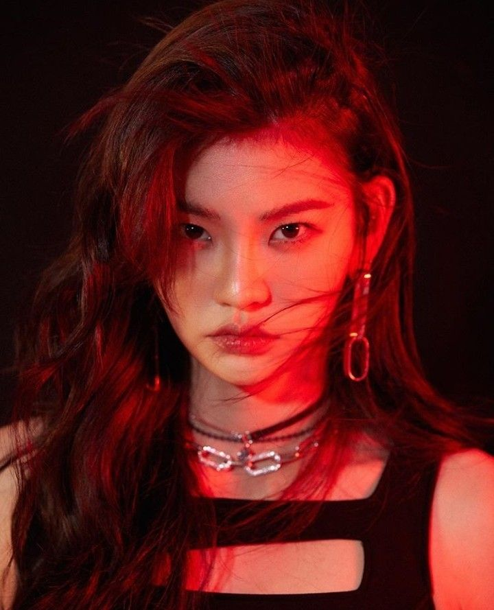 Pin By On Anda Kpop Girl Groups Kpop Girls Korean Music