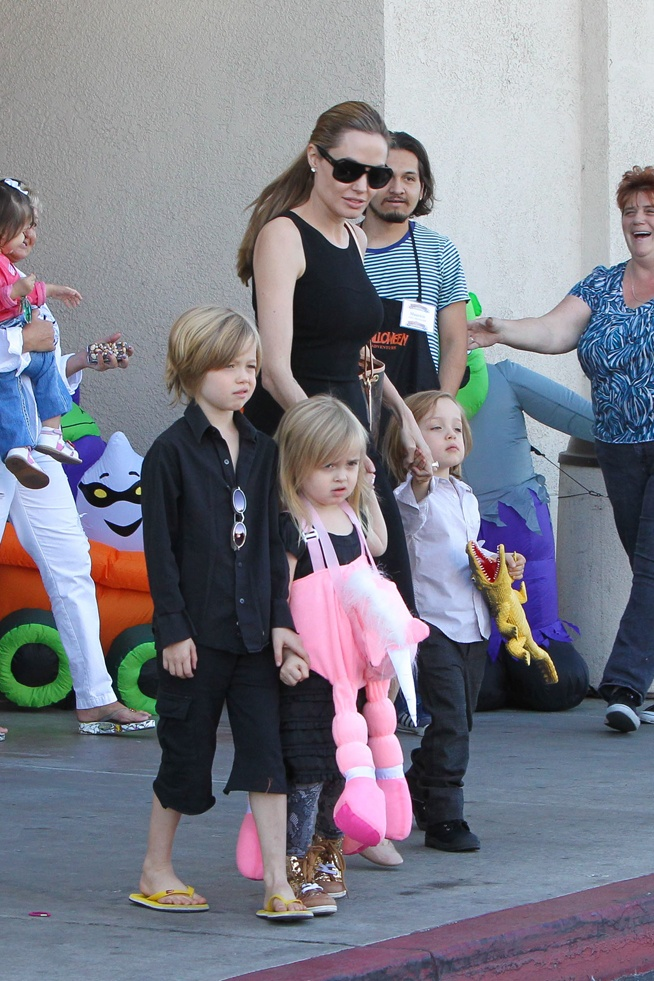 Shiloh, Vivenne and Knox Jolie-Pitt, daughters and son of Angelina Jolie and Brad Pitt