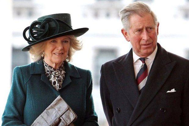 Príncipe Charles pede divórcio após descobrir traição, dizrevista - Mundo & Ciência - O Dia