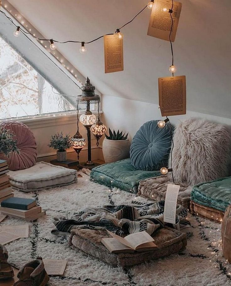 Room decoration, living accents, bohemian houses, vintage decor, light and airy