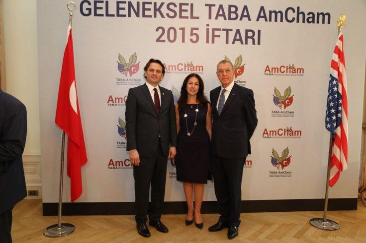 Dr. Zeynel Abidin Erdem Erdem Holding Yönetim Kurulu Başkanı