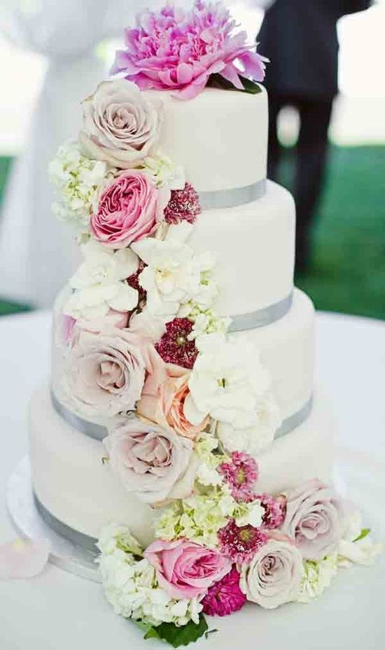 wedding cake pictures with cascading flowers wedding cakes with flowers search wedding 23446