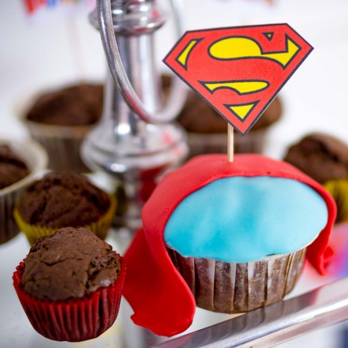 Superman is back – our Superman Party