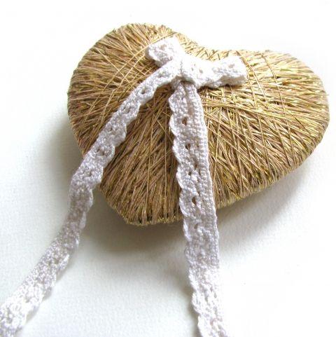 Szív gyűrűpárna, VesztlFanni, meska.hu #gold #heart #ring #pillow