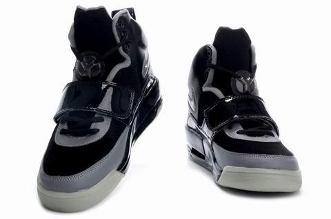 http://www.airgriffeymax.com/nike-air-yeezy-noctilucence-black-grey-p-787.html NIKE AIR YEEZY NOCTILUCENCE BLACK GREY Only $78.40 , Free Shipping!