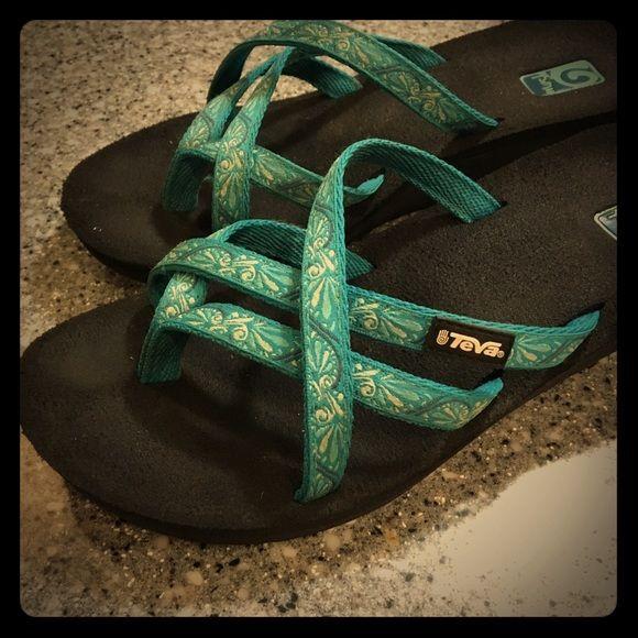Teva flip flops Very comfy teal Teva slide on sandles Teva Shoes Sandals