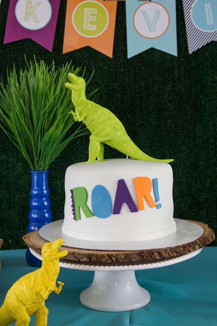 DINO-MITE, dinosaur birthday, boy birthday, dinosaur party, dinosaur boy party, modern dinosaur, modern dinosaur party, dinosaur cake