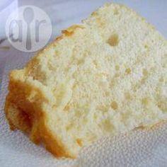 Angel Food Cake (Bolo dos anjos) @ allrecipes.com.br