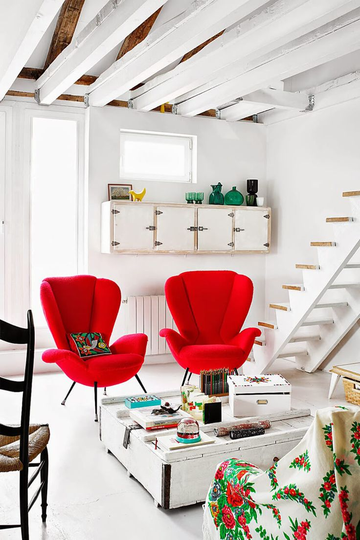 Color Crush : How To Rock Fiesta Red Also Love The White Stairs Part 16