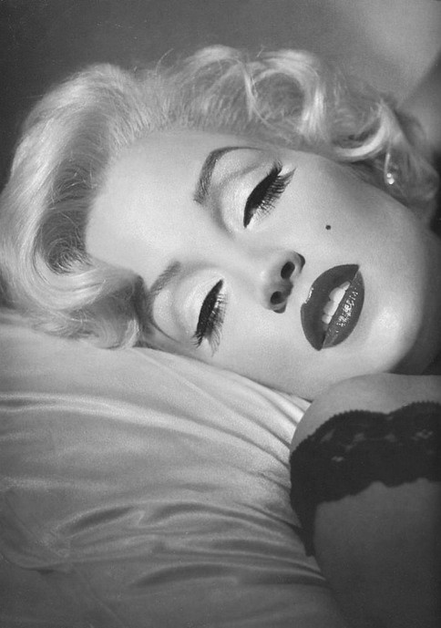 Marilyn...she invented sexy women :) gorgeous!