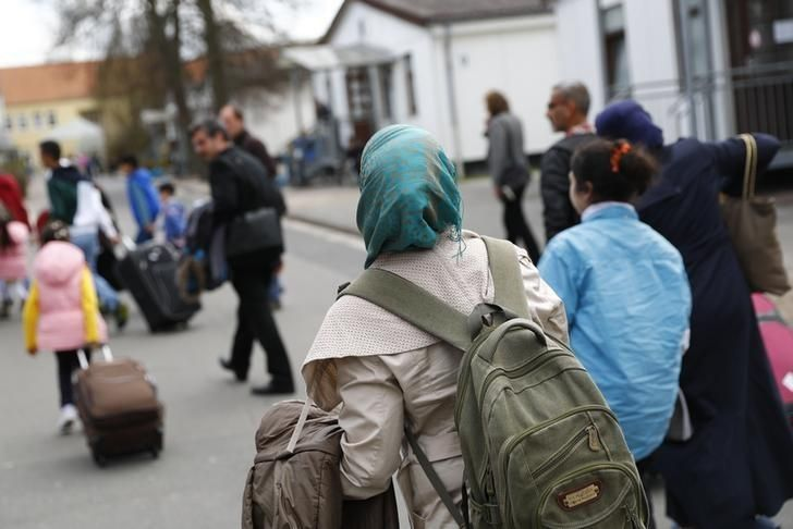 #world #news  Around 270,000 Syrians have right to bring families to Germany: report